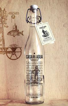 Casa del Agua®: lluvia embotellada a la venta en México, con diseño de Héctor Esrawe. | diariodesign.com #packaging