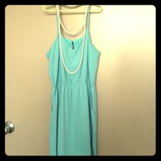 Comfy midi dress size S Baby blue midi dress from forever 21. Has pockets, can be dressed up or down Forever 21 Dresses Midi