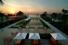 Hotel De La Paix / Cha Am, Thailand / July 2014