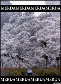 Our All-Time Favorite Volcano Pictures Mount Pinatubo, Philippines erupts Natural Phenomena, Natural Disasters, Volcan Eruption, Pyroclastic Flow, Fuerza Natural, Cool Pictures, Cool Photos, Funny Pictures, Amazing Nature Photos