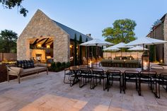 Napa and Sonoma wineries have been in full-on metamorphosis mode recently, unveiling these brand new tasting experiences.TrincheroFirst came a winery, with its 22 acres of vineyards and a collection of caves. Then came an event center, built in 2009, and now, Trinchero has a tasting room, too. Like ...