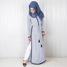 Muslim women abaya dress and Hijab emb Islamic Fashion, Muslim Fashion, Modest Fashion, Fashion Dresses, Modest Wear, Modest Dresses, Modest Outfits, Moslem, Mode Abaya