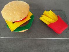 Hamburger en feutrine avec ses frites