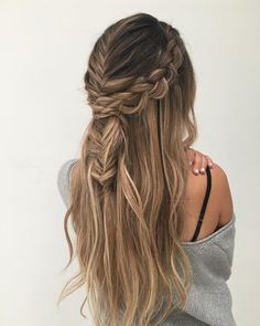 39 Trendy + Messy & Chic Braided Hairstyles | Fishtail + crown braided half up half down hairstyle #ponytail #braids #hairstyles