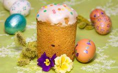 Kulich cake