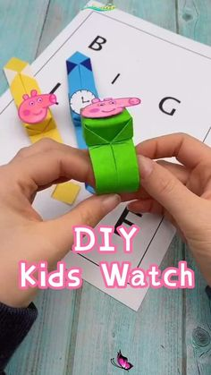 DIY-Kids Watch-How to Make a Kids Watch Toy with Paper Kids Toy-Paper Crafts for Fun. Would you like to try this watch this weekend with your kids? #kids crafts #creative idea #paper crafts #kids toy<br>