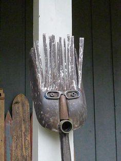 Junk Metal Art, Metal Yard Art, Scrap Metal Art, Junk Art, Rusty Metal, Welding Art Projects, Metal Art Projects, Recycled Yard Art, Shovel Head