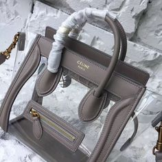 product code # 17060835x 100% Genuine Leather Matching Quality of Original Celine Production (imported from Europe) Comes with dust bag, authentication cards, box, shopping bag and pamphlets. Receipts are only included upon request. Counter Quality Replica (True Mirror Image Replica) Dimensions: 20cm x 10cm x 20cm (Length x Height x Width) Our Guarantee: The handbag...READ MORE