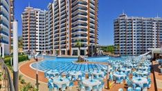 Azura Park Apartment in Alanya - Fully furnished sea view apartment in Mahmutlar in famous luxury residence with many facilities Cool Apartments, Rental Apartments, Luxury Apartments, Real Estate Marketing Companies, Pool Shade, Hotel Services, Beach Hotels, Hotel Spa, Dom