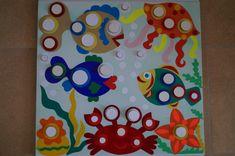 Дидактическая игра для развития мелкой моторики «Весёлые крышечки» - Для воспитателей детских садов - Маам.ру