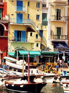 Capri, Italy  Very inviting