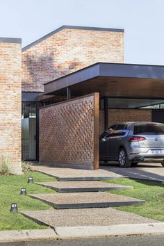 Amazing Architecture, Art And Architecture, Architecture Details, Carport Designs, Casa Patio, Facade, House Plans, Brick, Pergola