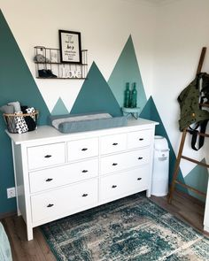 SET OF Nursery Woodland, Mountain Shelf, Geometric shelf, Floating shelf, Boy … – Colorful Baby Rooms Boy Toddler Bedroom, Boys Bedroom Decor, Baby Nursery Decor, Baby Boy Rooms, Baby Bedroom, Boys Bedroom Paint, Kids Room Design, New Room, Interior Design