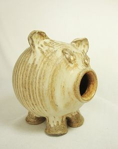 pottery pig