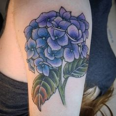 What does hydrangea tattoo mean? We have hydrangea tattoo ideas, designs, symbolism and we explain the meaning behind the tattoo. Full Sleeve Tattoo Design, Floral Tattoo Design, Body Art Tattoos, Sleeve Tattoos, Cool Tattoos, Tattoo Life, Hydrangea Tattoo, Hydrangea Flower, Hydrangeas
