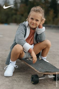 Keep them moving in styles made for play. Shop the latest footwear and apparel for all their adventures—now on Nike.com. Little Girl Models, Little Girl Outfits, Cute Girl Outfits, Casual School Outfits, Young Girl Fashion, Preteen Girls Fashion, Kids Fashion, Beautiful Little Girls, Cute Little Girls