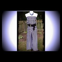 FINL MARKDOWN Blk & Wht Jumper WAS 35$,..NOW 25$. FIRM. Blk & wht jump suit. Elastic at the waist and top. Belt DOES NOT comes with it. Polyester material. Boutique Pants Jumpsuits & Rompers