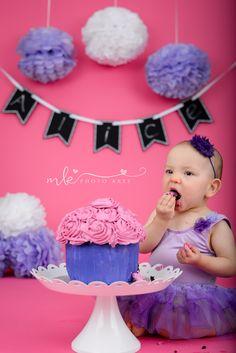 Cake Smash, Cake Art, Birthday Cake, Desserts, Photography, Tailgate Desserts, Cake Smash Cakes, Birthday Cakes, Fotografie