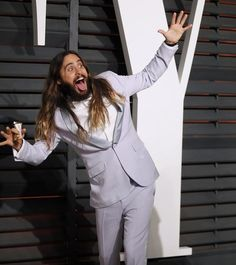 If happiness could be captured in one photo then this would be it. | Jared Leto Photobombing At The Oscars Again