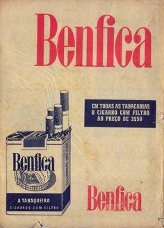 Há lá coisa mais vintage que anúncios a cigarros. Posters Vintage, Vintage Ads, Vintage Prints, Retro Ads, Vintage Ephemera, Old Advertisements, Advertising, Portugal, Vintage Cigarette Ads