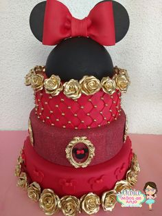 bolo fake minnie Realeza #bolofakeminnie #bolominnie #festaminnie #minnie Bolo Fake Minnie, Minnie Mouse, Birthday Cake, Character, Amber, Pink Bows, Candy Table, Cake Ideas, Red Roses