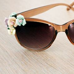 Make your own Dolce Sunglasses.