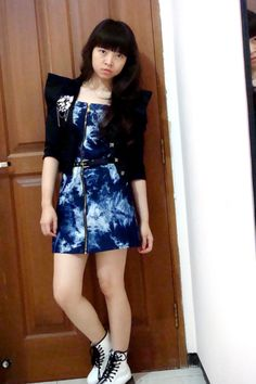 black-random-blazer-blue-nyla-dress-white-doc-martens-boots_400.jpg (400×600)