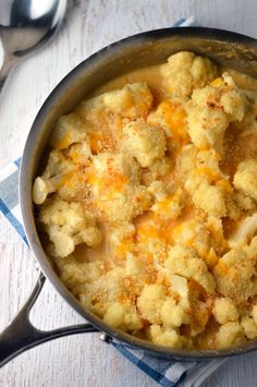 Cauliflower gratin: Tender cauliflower and garlicky cheese sauce covered with a cheesy bread crumb topping.