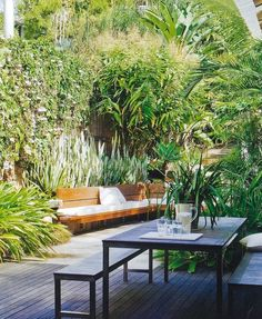 Primary backyard garden ideas philippines for your cozy landscaping - Modern Tropical Garden Design, Small Garden Design, Small City Garden, Tropical Gardens, Small Backyard Landscaping, Outdoor Living, Outdoor Decor, Balcony Garden, Terrace