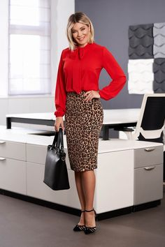 StarShinerS red elegant flared women`s blouse voile fabric Red Blouse Outfit, Leopard Skirt Outfit, Bow Blouse, Skirt Outfits, Work Outfits, Business Outfits, Business Wear, Hobble Skirt, Red Blouses