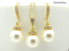 Pearl Earrings and Necklace Set Gold Pearl by MyTinyStarShining