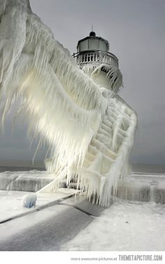 Previous Pinner labeled this picture as Lighthouse in Michigan City, IN. I have seen similar pictures labeled St Joseph Northpier Lighthouse in St Joseph, MI. Either way, great picture! All Nature, Amazing Nature, Science Nature, Norway Nature, It's Amazing, Lago Michigan, Michigan Usa, Lake Michigan Frozen, Northern Michigan