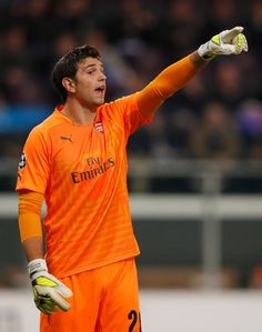 Our third goalie, Damian Martinez in his debut game on European Champions League. Anderlecht 1-2 Arsenal (October 2014)