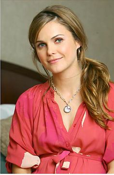 "Keri Russell looking stunning in her Platinum ""Sparkle Pie"" Diamond Pendant"