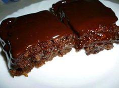 Vegan ëmbëlsirë me çokollatë Greek Sweets, Greek Desserts, Apple Desserts, Greek Recipes, Desert Recipes, Chocolate Sweets, Chocolate Recipes, Low Calorie Cake, Brownie Cake