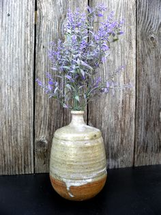 signed Vintage beautiful Americana rustic handmade hand painted earth color native clay USA small opening long stem for single flower