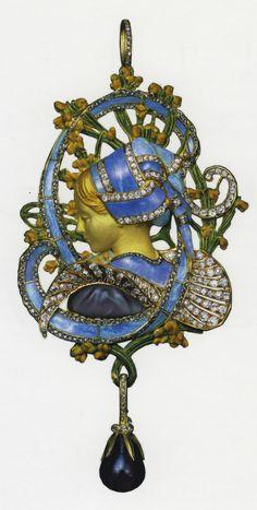 """Art Nouveau """"La Bretonne"""" pendant  Vever, c. 1899-1900  18K gold, amethyst, black opal, diamonds"""