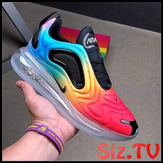 """This Nike Air Max 720 """"Be True Pride"""" features a full rainbow gradient upper paired with Black detailing on the plastic overlays, trimming, tongues, and laces. Pink Nike Shoes, Nike Air Shoes, Pink Nikes, Nike Air Max, Sneakers Nike, Unique Shoes, Trendy Shoes, Cute Nike Outfits, Moda Nike"""