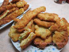 Τηγανίτες με τυριά και τριμμένο κολοκυθάκι! Για πρωινό είναι υπέροχες…. για βραδινό με μπυρίτσα δεν το συζητώ!!! Πολύ ε... Breakfast Lunch Dinner, Breakfast Time, Finger Food Appetizers, Finger Foods, Sweets Recipes, Desserts, Greek Recipes, Chicken Wings, Vegan Vegetarian