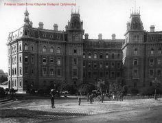 Ilyen is volt Budapest - Körönd (Kodály körönd), a Vasutas-ház Old Pictures, Old Photos, Budapest Hungary, Historical Photos, The Past, Louvre, Europe, History, City