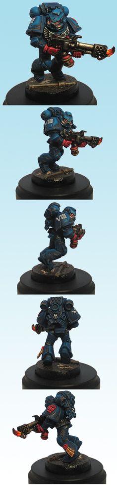 Crimson Fist Space Marine (Flamer)