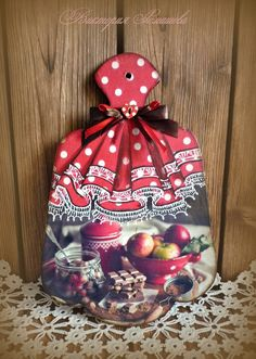1 million+ Stunning Free Images to Use Anywhere Lace Painting, Painting On Wood, Christmas Colors, Christmas Ornaments, Chef Kitchen Decor, Decoupage Art, Decoupage Vintage, Clay Baby, Christmas Coloring Pages