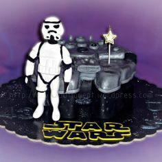 Bolo Guerra das Estrelas - StarWars  #StarWars #GuerraDasEstrelas #Bolos #Chocolate #Cupcake #CakeDesign #Oeiras #Lisboa