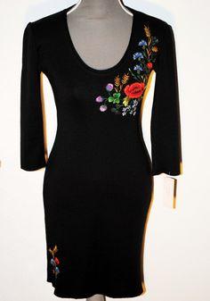Muhu Dress  #embroidery - 50% merino wool, 50% acrylic knitted fabric