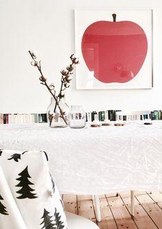 Winterkleid in weiß  #solebich #interior #einrichtung #esszimmer #diningroom #print #apple #apfel #baumwolle #cotton #dekoration #decoration Foto: HotchocolateDrop