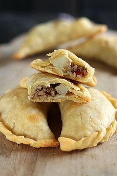 How to Make Empanadas with an easy homemade dough and customizable filling. These crowd-pleasers can be made ahead of time and are baked instead of fried!