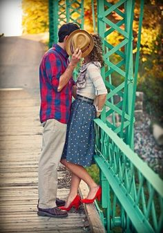 45 super Ideas for drawing couple poses love engagement photos Engagement Couple, Engagement Pictures, Wedding Pictures, Couple Photography, Photography Poses, Fashion Photography, Wedding Photography, Wedding Fotos, Wedding Photoshoot