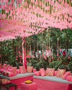 Pink Shades Tassels in Bulk for Mehndi Ceremony decoration stage Pink Shades Tassels in Bulk for Mehndi Ceremony Wedding Decorations Pictures, Wedding Hall Decorations, Flower Decorations, Decoration Pictures, Wedding Mandap, Desi Wedding, Wedding Receptions, Party Wedding, Floral Wedding