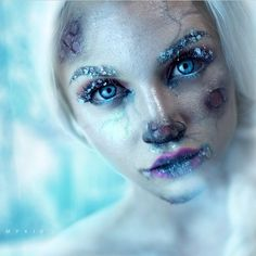 Ignore the fact that this is supposed to be Elsa--the frostbite effects and necrotic tissue are wicked! And those blackened veins! O.O || Frozen Elsa! ❄️❄️❄️ Watch @mykie_'s tutorial on YouTube, it's awesome.