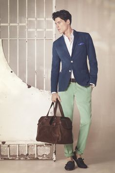 Navy blue blazer, white shirt, green pants, brown suede boat shoes
